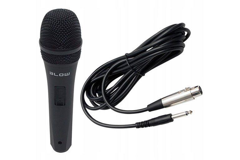 Проводной микрофон